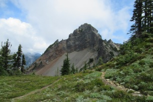 Pinnacle Peak in Mount Rainier National Park. Photo from the Plummer Peak trail. (Karen Molenaar Terrell)