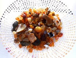 Bow of Agates
